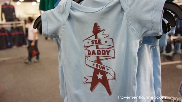 see-daddy-run-onesie