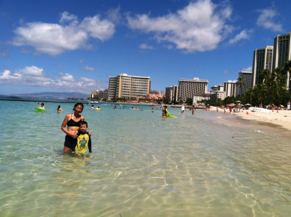 Sun, run, beach, and post-run dip in the ocean in Hawaii - BEST EVER. — http://www.lovelifesurf.com