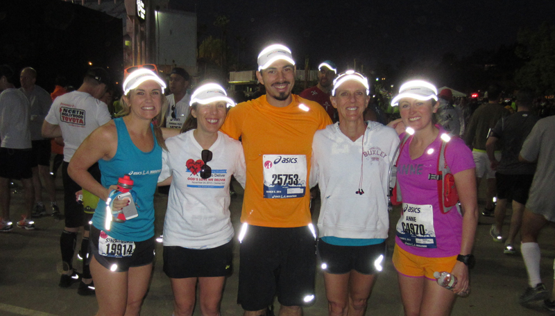 At the start line with that ASICS glow. Jamie, Jess, Me, Beth, and Anne