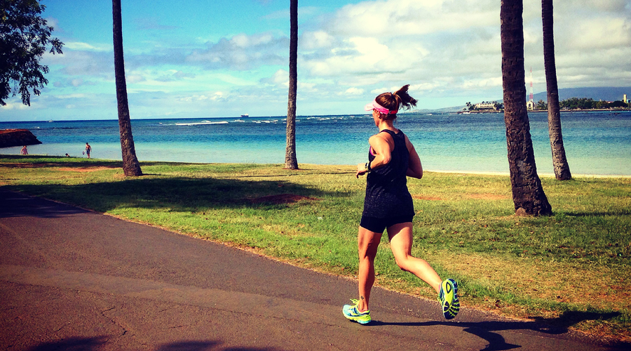 Running with my non-running husband in Hawaii 4 days after the Honolulu Marathon. Best moment of 2014 for me! http://happyfitmama.com